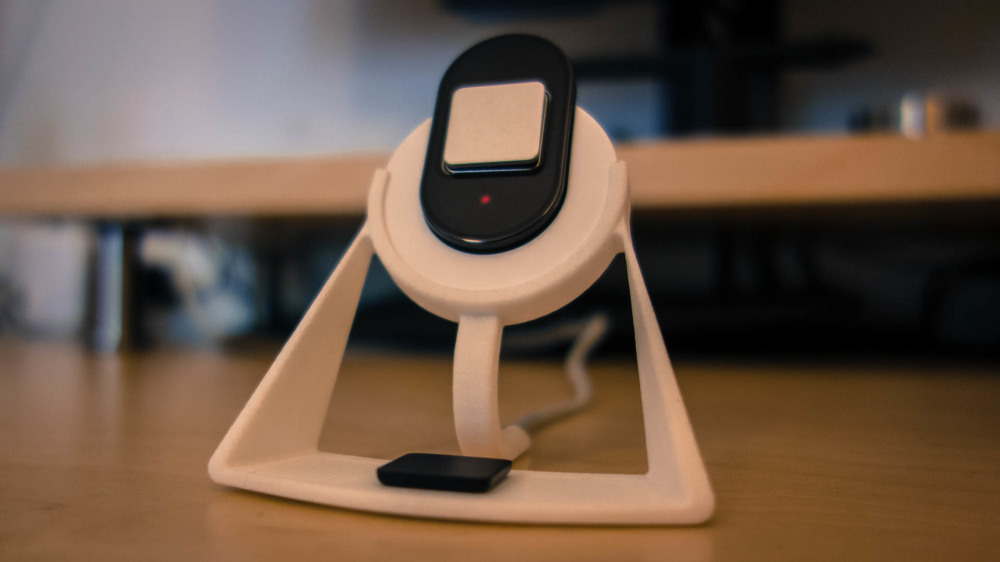 Lumo_charging_stand-2